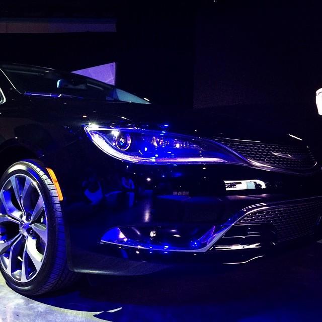 Con ustedes el nuevo Chrysler 200. #TestDRiiVE